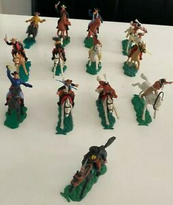 13 Timpo Toys Figuren Cowboy Indianer