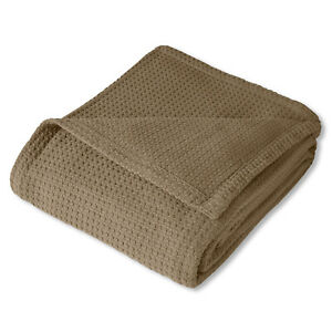 Grand Hotel 100% Cotton Houndstooth Stitch Pattern Woven Blanket Assorted Sizes
