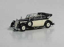 HO 1/87 Ricko # 38652 - 1939 Horch (Audi) 930V Cabriolet - Top Down Black/Ivory