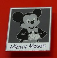 Used Disney Enamel Pin Badge Mickey Mouse LE250 Polaroid B&W Photo Pin