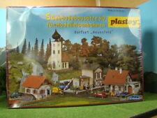 FALLER / PLASTOY H0  >> Dorfset NEUENFELD << Bausatz | Neuware | 1030-b121