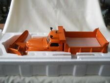 """International K5 Dump Truck W/ Baker """"V-plow"""" Toy Trucker 1:16 Diecast"""