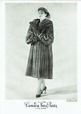 Publicité Advertising 049  1951   fourrures Canada Furs Paris manteau vison