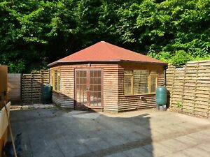 Garden office building / shed
