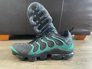 Nike Air Vapormax Plus Eagles Emerald  Green Black Shoe Size 13 924453-013
