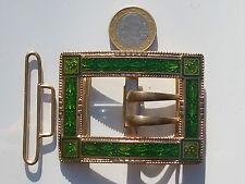 BELLE ET GRANDE BOUCLE DE CEINTURE ANCIENNE 1900 en Métal doré avec EMAIL VERT