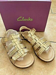 CLARKS Girls Adjustable Gold Leather Sandals Size 13 F