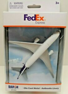 Daron FEDEX Airplane Model RT1044