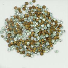 219 32 *** 50 strass anciens (années 60) fond conique 3,2mm bleu-vert clair