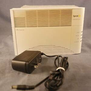 Sprint AIRAVE 2.5 Airvana Access Point Signal Booster Model: HubBub C1-600-RT