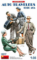 MINIART 38017 - AUTO TRAVELERS 1930-40S 4 Figures - 1/35 scale model kit