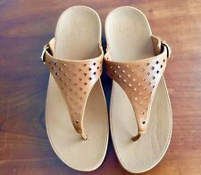 NEW Beige FITFLOP Leather Size 9 Skinny Toe post Latticed Fit Flops Caramel