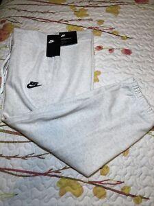 Nike Sportswear Essential Womens Size Large Fleece Pants Off White NWT