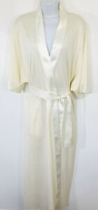 Rare Fine Hanro of Switzerland S Ivory Mercerized Cotton Knit Satin Edge Robe