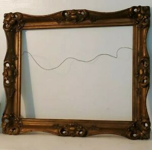 """ANTIQUE ORNATE  GOLD GILT GESSO WOOD PICTURE FRAME 21"""" by 25"""" OPENING 16"""" by 21"""""""