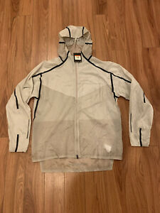New! Mens Nike Tech Pack Running Full Zip Beige Jacket Size Large L AQ6711-286