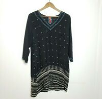 JOHNNY WAS STAR EMBROIDERED VNECK TUNIC SMALL