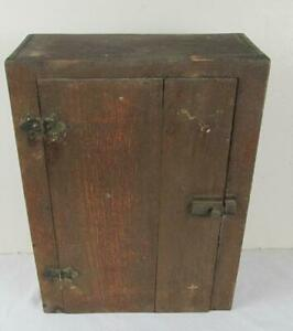 PRIMITIVE PINE WALL HANGING CABINET CUPBOARD OLD VARNISH FARMHOUSE RUSTIC