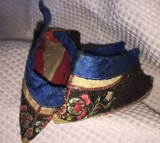 """19th c Chinese Silk Embroidered LOTUS SHOES Slippers / Bound Feet - 5"""" long"""