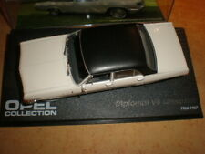 IXO Opel Collection 1/43  Opel Diplomat V8 Limousine 1964-1967  MIB   (08-053)