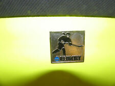 NCAA WOMEN'S ICE HOCKEY CHAMPIONSHIP LOGO PIN