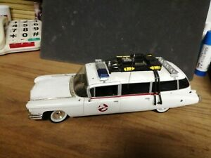 Real ghostbusters ecto 1 metal detailed model in good condition ghostbusters