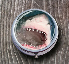 WHITE SHARK SCARY ATTACK PILL BOX ROUND METAL -cvb6Z