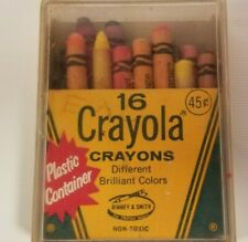 Vintage Box of 16 Crayola Crayons in Plastic Container