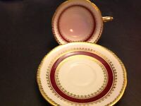 AYNSLEY BONE CHINA ENGLAND CUP & SAUCER BURGUNDY GOLD LACE BANDS # 2292