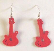 Boucles d'oreilles argentées guitare en bois rouge