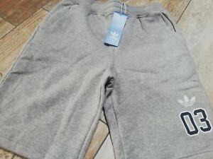 Adidas Uomo pantaloni corti taglia XXS bermuda colore grigio nuovo .