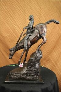 "Frederic Remington Reproduction of ""MOUNTAIN MAN"" Bronze Large Size Figurine Art"