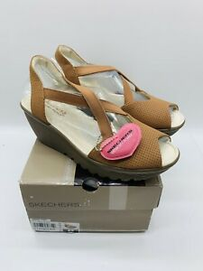 Skechers Women's Parallel Piazza Peep- Toe Sling Back Wedges Sandals - TAN