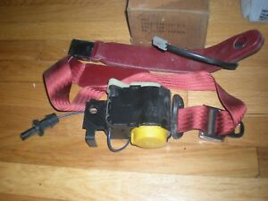 NOS 1986 FORD TEMPO SEAT BELT ASSEMBLY RED LH
