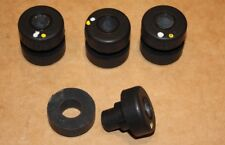 Qty 4 BARRY CONTROLS Series 22001 ANTI VIBRATION MOUNTS 22001-12 Farnell 1303907