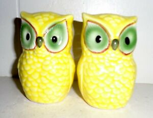 VINTAGE 1970'S ENGLAND PORCELAIN SALT & PEPPER SHAKERS OWL DESIGN NR
