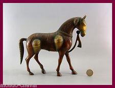 A VOIR !  cheval en laiton ciselé, Inde, horse et autres objets cheval