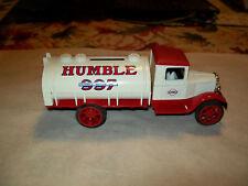 "Ertl #9074 1:34 ""Humble Oil #1"" 1931 Hawkeye Oval Tanker Bank - Sampler MIB"
