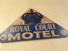 ROYAL COURT MOTEL AC TV Hand Painted Wooden Sign - Vintage-Look - Route 66