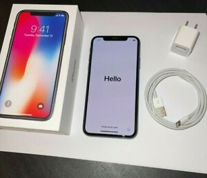 Apple iPhone X - 256GB - Space Gray (Unlocked) A1901 (GSM) (CA)