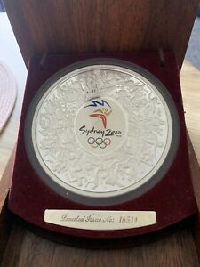 $30 1kg Sydney Olympics Silver Proof Coin.