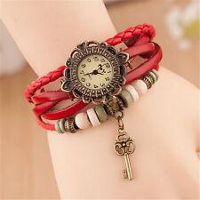 Reloj Pulsera Reino Unido Ladies Aspecto de Cuero Multicapa llave de encanto vintage regalo rojo 8004