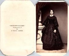 Excelsior, Lebanon, Pa, USA, Femme en robe noire à pois blancs Vintage CDV album