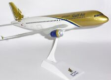 Airbus A320 Gulf Air Bahrain Large Snap Fit Collectors Model Scale 1:100 J