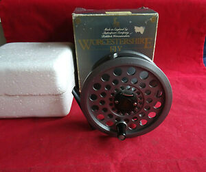 "A VERY GOOD BOXED SHAKESPEARE WORCESTERSHIRE 3 5/8"" MODEL 2628 TROUT FLY REEL"