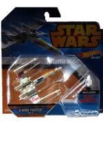2014 Hot Wheels Star Wars Spaceship X-Wing Fighter Red 5