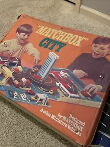Vintage 1972 Matchbox City Play set Carry Case Made By Sears-Lesney Products