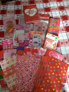 176 VALENTINE Candy,Cookie,Treat,Cellophane,Lunch,Paper,Plastic,Gift Bags NEW!!!