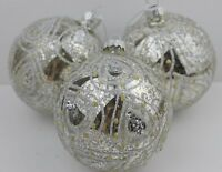 GISELA GRAHAM CHRISTMAS ANTIQUE SILVER GLITTER PAISLEY BALL GLASS BAUBLE X 3