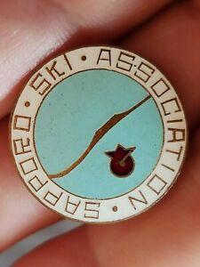 JAPAN - SAPPORO SKI ASSOCIATION - Ultra rare numbered membership badge  No.322
